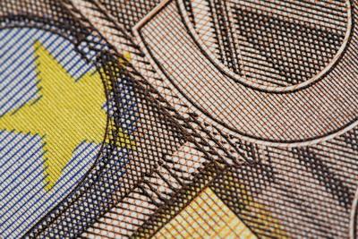 Care este preţul prăbuşirii euro