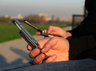 Începem 2012 fără telefoane mobile?